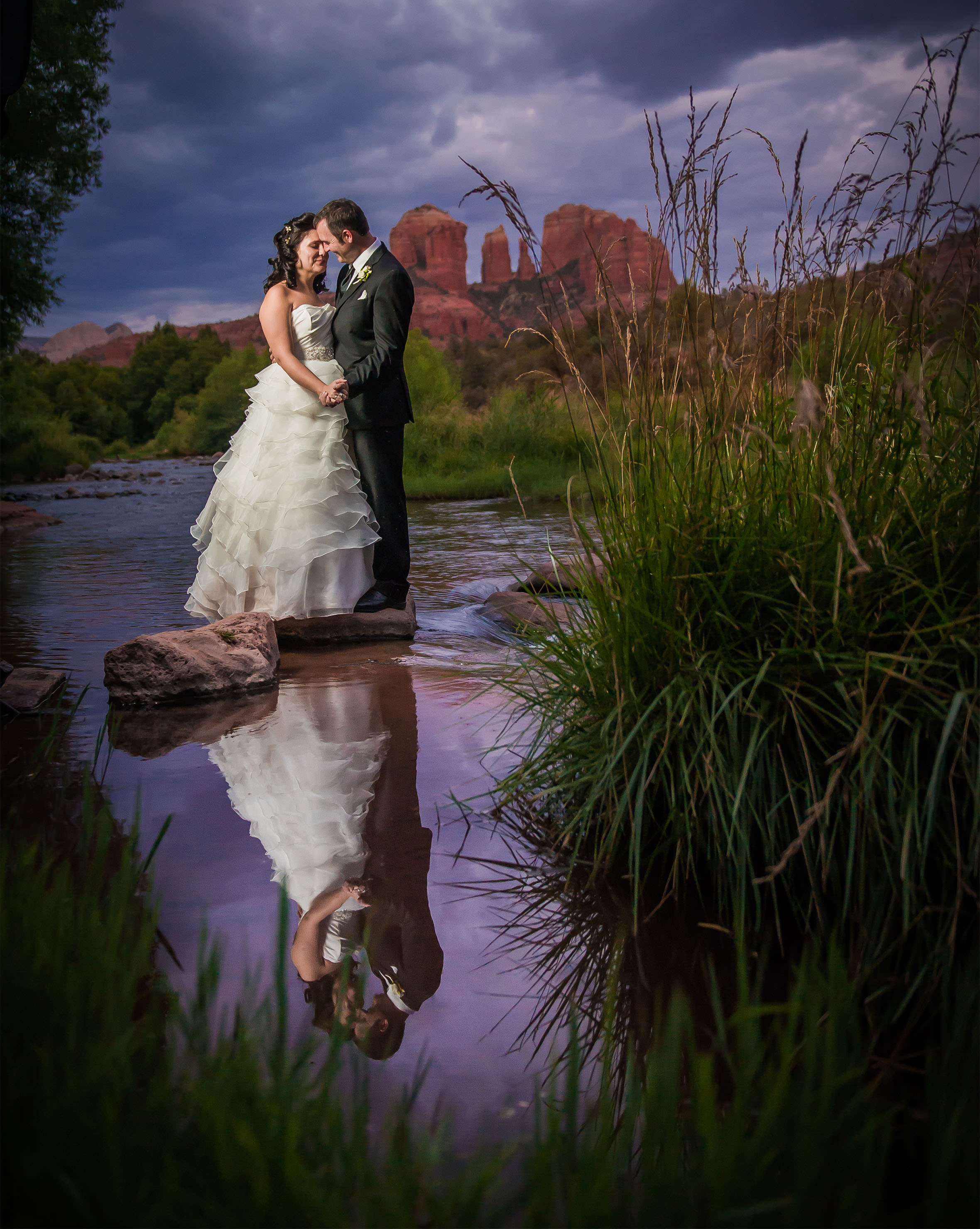 Why choose a local sedona wedding photographer sedona for Local wedding photographers